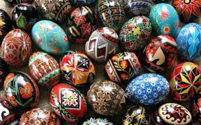 jare gody malowanie jajek